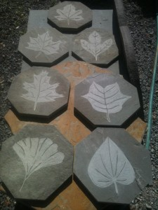 engrave.leafs